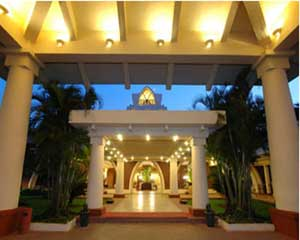 Ramada Caravela Beach Hotel and Spa