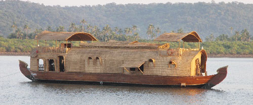 Santa Lucia - The House Boat, Goa